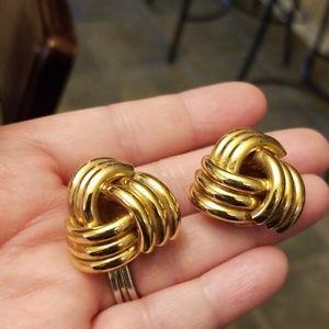 Vtg. Gold knot Earrings